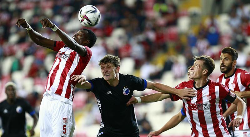 DG Sivasspor 1-2 Kopenhag