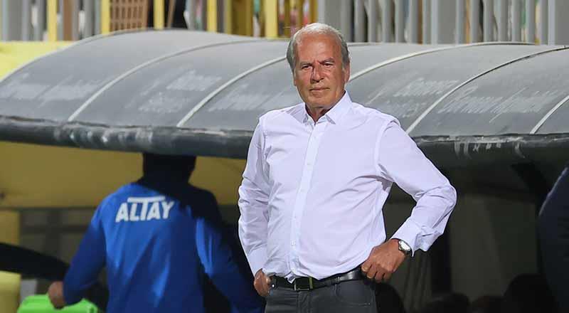Mustafa Denizli, derbi zaferini yorumladı