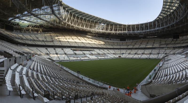 Dünya Kupası finali için çimler serildi