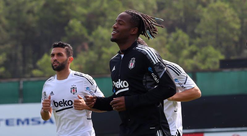 Beşiktaş'ın Ajax kadrosu belli oldu! 11 eksik...