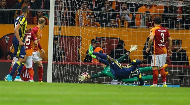 İşte Fenerbahçe'ye zaferi getiren gol!